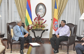 President Danny Faure received Hon. Seetana Lutchmeenaraidoo, GCSK, Minister of Foreign Affairs, Regional Integration and International Trade and Special Envoy of the Prime Minister of the Republic of Mauritius at State House.