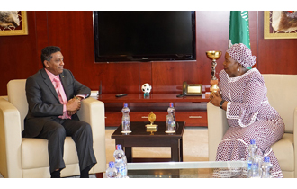 Seychelles President meeting the outgoing Chairperson of the African Union Commission, (AUC)  Dr Nkosazana Dlamini-Zuma, while in Ethiopia for the 28th Ordinary Session of the African Union.