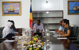 President Faure meets executive committee of Seychelles Empowerment-Based Social Workers Association