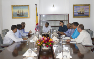 President receives Members of the Praslin Business Association
