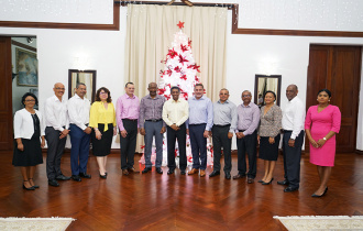President Faure holds meeting with all Seychelles Ambassadors
