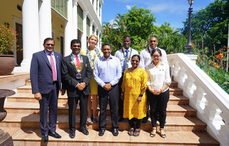 PPresident Faure receives the Rotary International District Governor to Seychelles