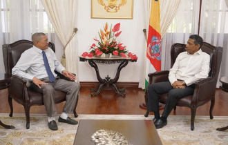 President Faure thanks the Leader of Government Business in the sixth National Assembly