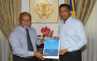 President receives Annual Report of the Constitutional Appointments Authority