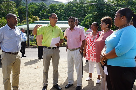 President Faure rounds up series of district visits following tour of Beau Vallon and Bel Ombre districts