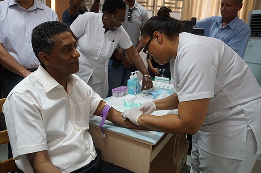 President Faure takes HIV screening test on World AIDS Day