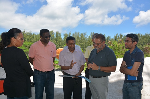 President Faure reviews progress of Graduate Condominium Project