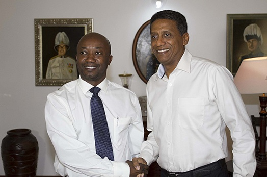 President Faure receives Vice-Chancellor of University of Seychelles