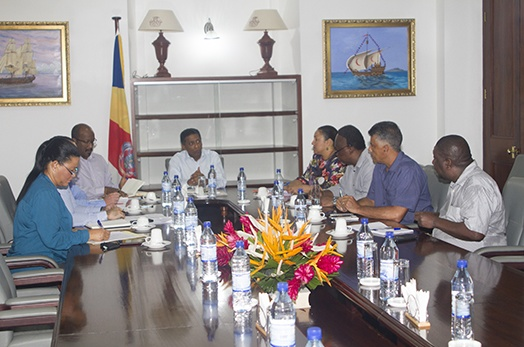 President Faure chairs meeting on SPTC