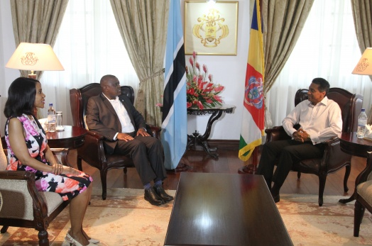 President Faure receives the President of the Republic of Botswana