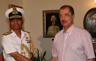 India reassures Seychelles in piracy fight