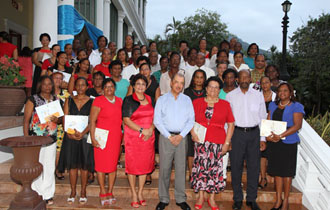 Teachers Rewarded for Long Years of Service