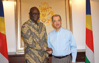 New Namibian High Commissioner to Seychelles accredited