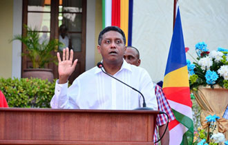 """The start of a new chapter""- Seychelles President Danny Faure sworn into office"