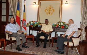 """Let us benefit from the wisdom of two former Heads of State""- President Faure holds first meeting with President Michel and President Mancham"