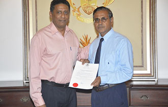 New Auditor General Receives Instrument of Appointment