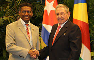 President Faure Meets President Castro