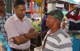 President Faure Visits the Victoria Market