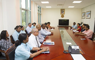 President visits the Ministry of Tourism, Civil Aviation, Ports and Marine and the Ministry of Family Affairs