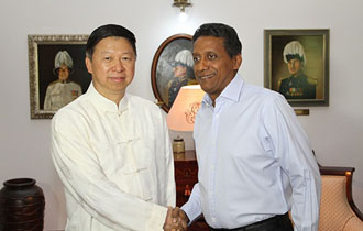 Courtesy call by Chinese party official on President Faure