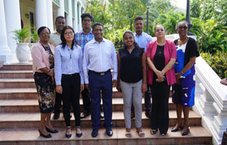 Seychellois Students received High Achievers Award