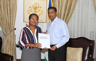 President Faure Receives Report of the Tribunal of Inquiry Into Allegations of Misbehaviour  Against The Chief Justice