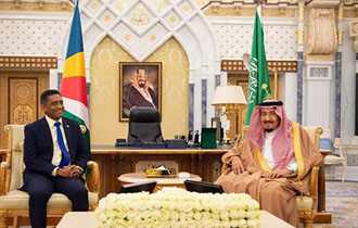 President Faure holds bilateral meeting with King Salman of the Kingdom of Saudi Arabia