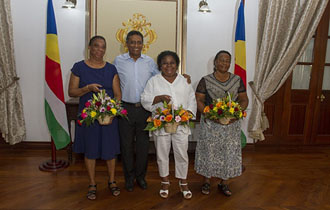 President Faure receives Long Serving Staff from the Seychelles Judiciary